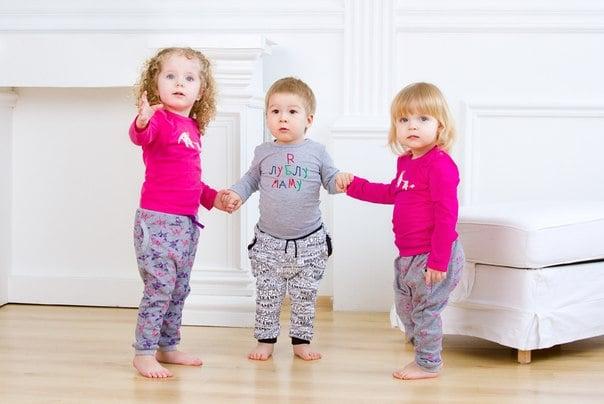 Как одеть ребенка дома