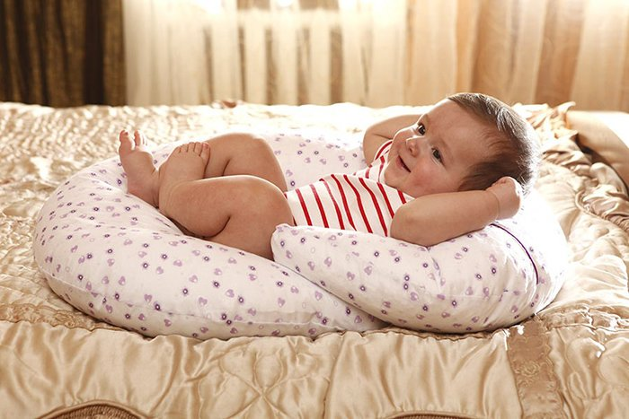 Подушка для присажевания ребенка