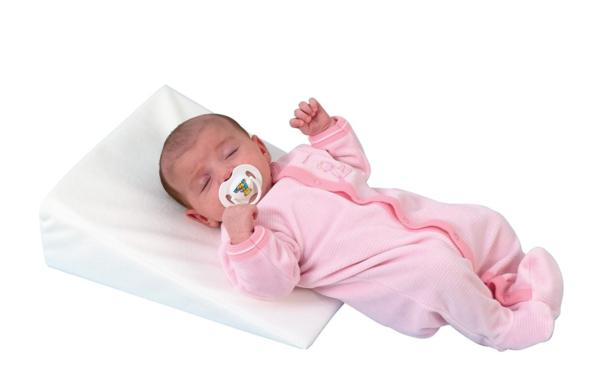 Как выбрать подушку новорожденному