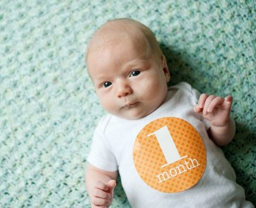Развитие ребенка в 1 месяц
