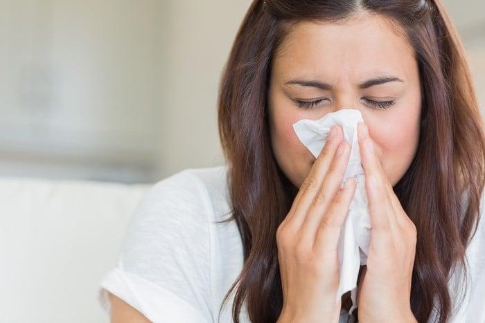 слизистые выделения из носа при насморке