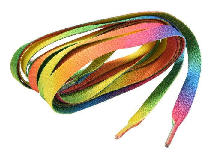 разноцветные шнурки для обучения завязыванию