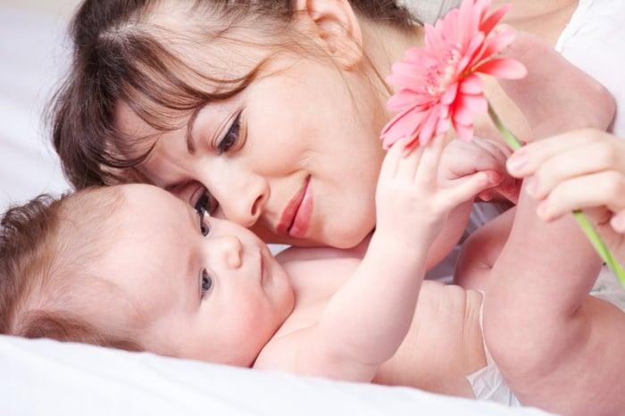 ребенок и мама после отлучения от груди