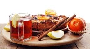 чай со сладостями при лактации