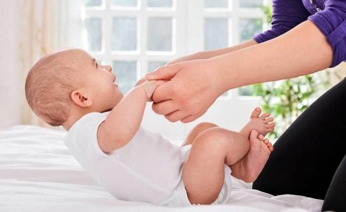 вестибулярная гимнастика для малыша