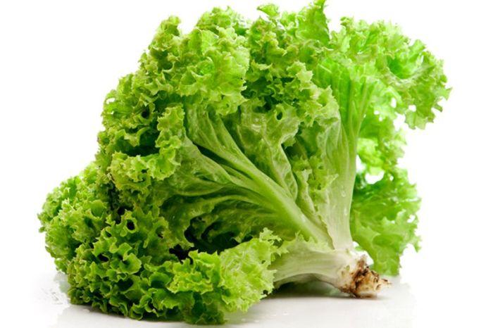 листовой салат для кормящей мамы