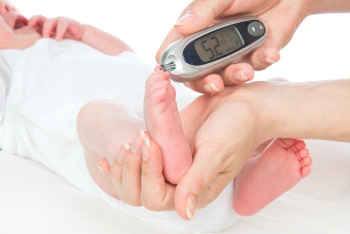 определение уровня гемоглобина у новорожденного