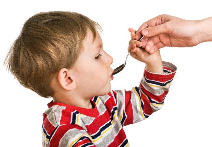 ребенок принимает сироп лоратадин