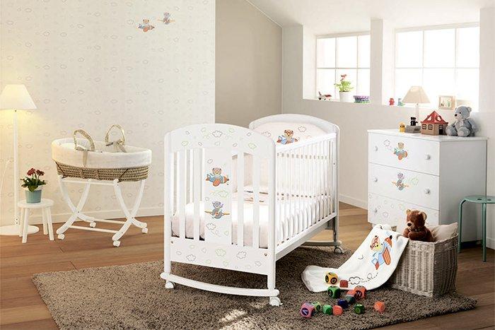 Как украсить детскую кроватку для новорожденных своими руками