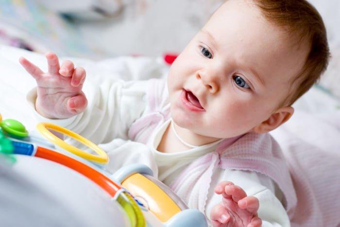 внимание у новорожденного