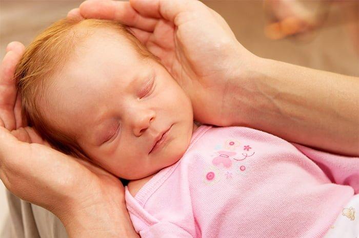 закупорка слезного канала у новорожденного