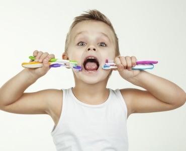 выбор зубных щеток для ребенка