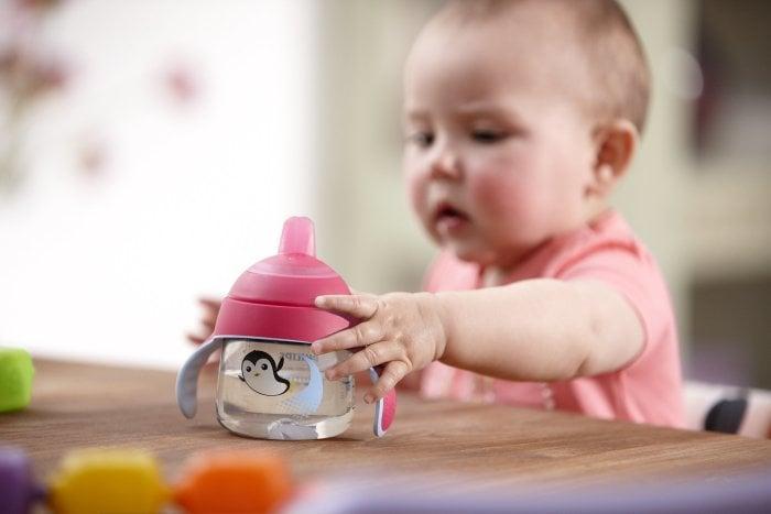 кружка-поильник для ребенка