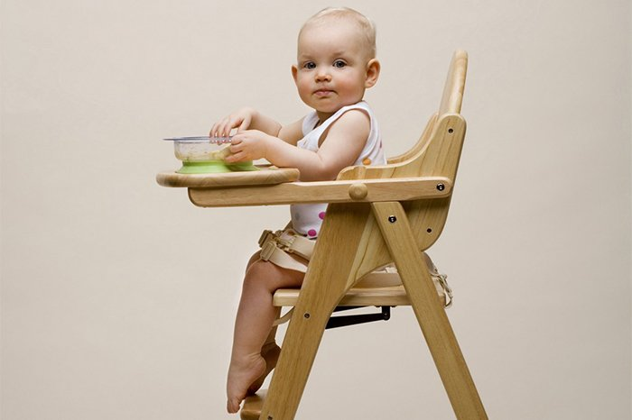складной высокий стул для кормления ребенка