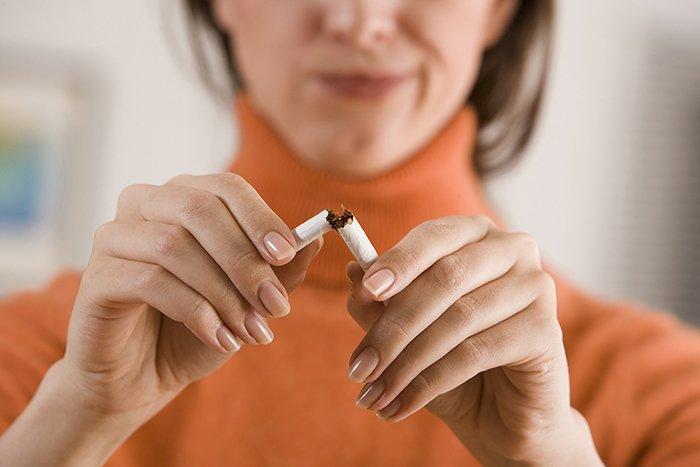 кормящая мама бросает курить