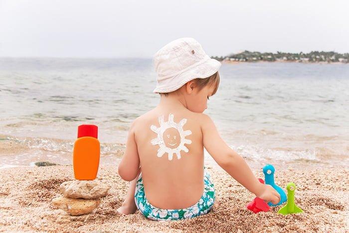 защита кожи ребенка от ультрафиолета