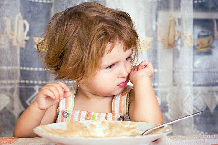 ребенок отказывается от еды в детском саду