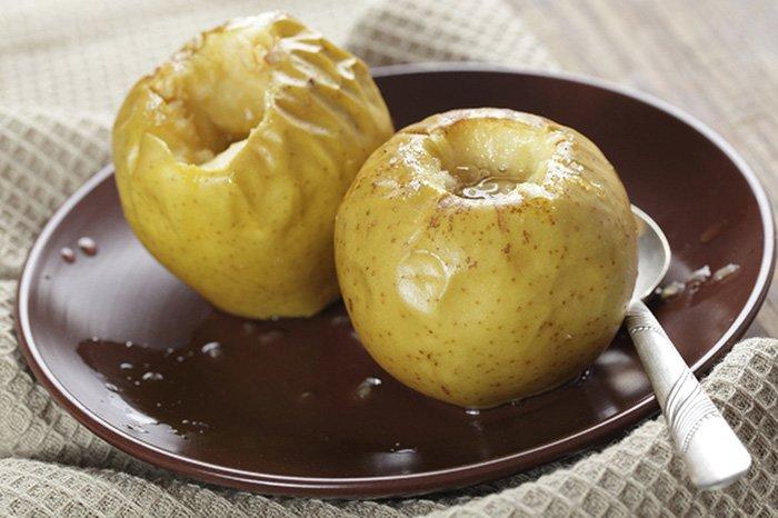 Яблоки запеченные с творогом в духовке - домашние