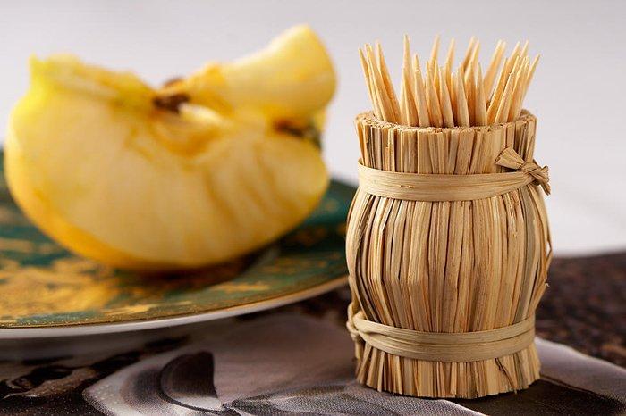 зубочистки для запекания яблок в духовке