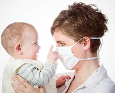 защитная маска при гриппе у кормящей мамы
