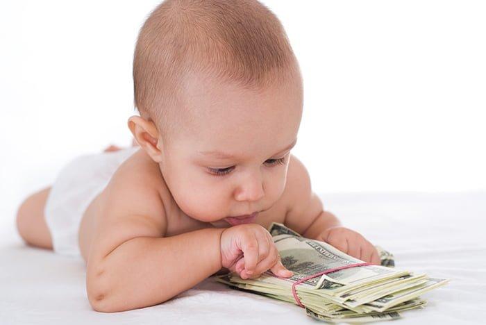 Что дают за третьего ребенка в России