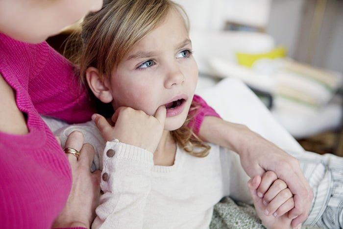 боль во рту у ребенка