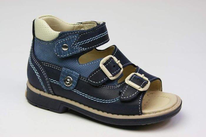 сандали с жестким задником для детей