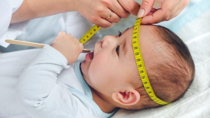 Как измерить голову ребенку