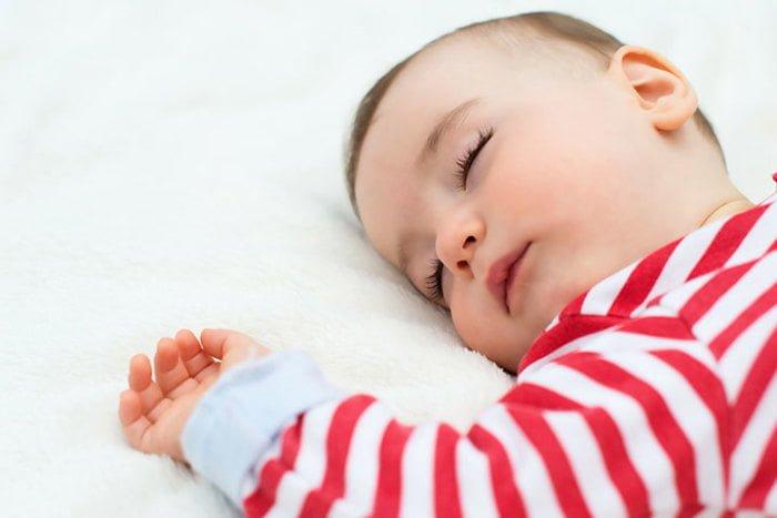 Режим дня ребенка в 10 месяцев
