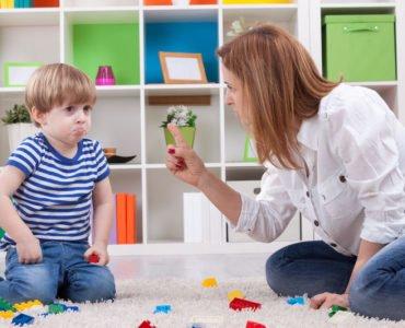 Ребенок ломает игрушки что делать