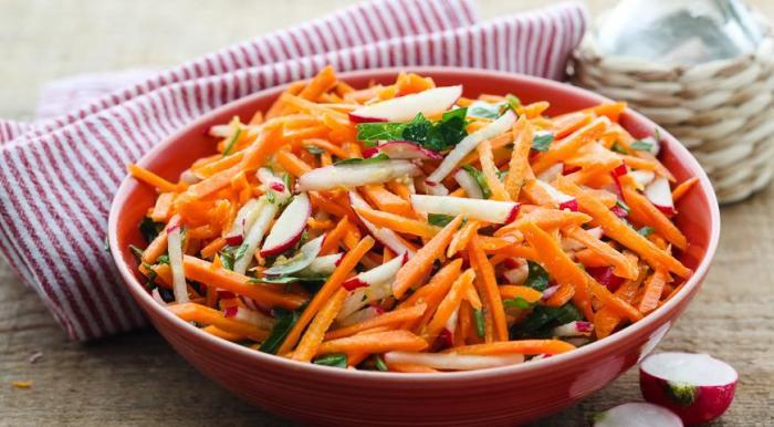 Салат из моркови ребенку