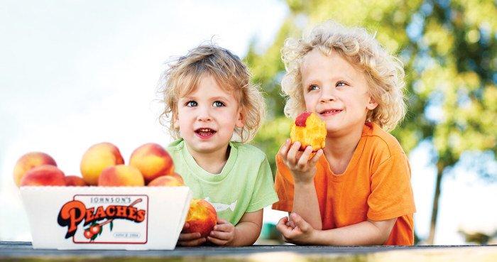 Введение персика в прикорм грудничку