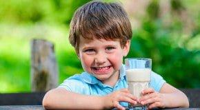 С какого возраста можно молочный коктейль детям