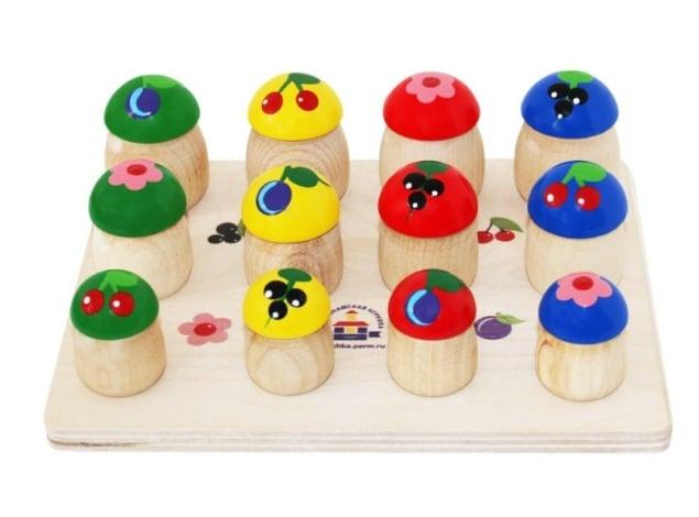 Деревянные игрушки для новорожденного