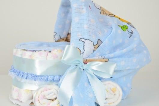 Подарки из памперсов для новорожденного