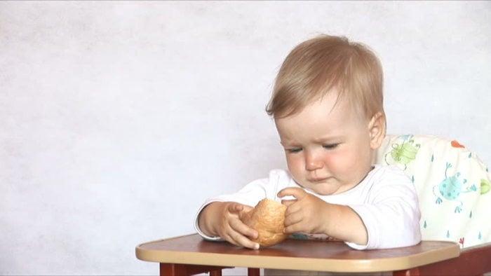Что делать если ребенок не ест хлеб