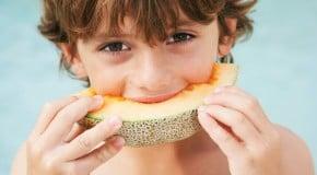 Польза и вред дыни для детей