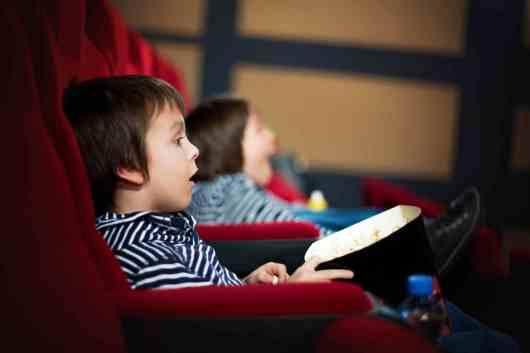 Как подготовить ребенка к походу в кинотеатр