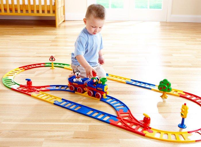 Железная дорога для ребенка какая лучше
