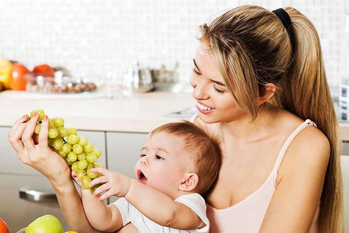 виноград для кормящей мамы
