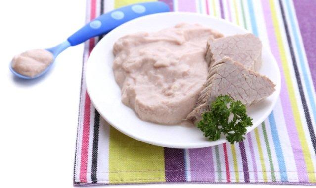 Прикорм ребенка в 7 месяцев мясо