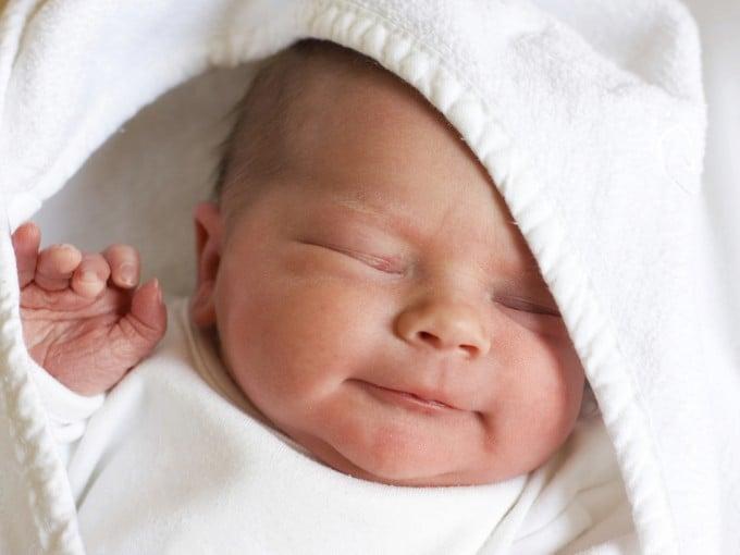 Нормальный стул у новорожденного