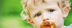 Как отучить малыша от пустышки
