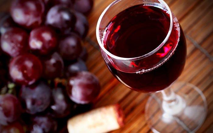 Красное вино при грудном вскармливании