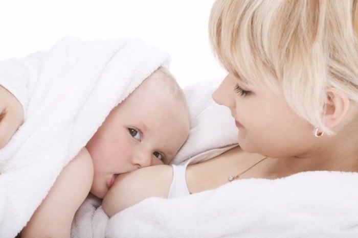 Аллергия у грудничка на молоко матери