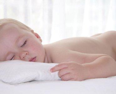 Подушка для новорожденного