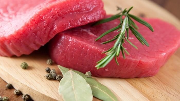 красное мясо кормящей маме