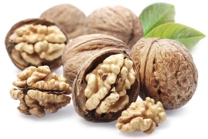 грецкие орехи при лактации