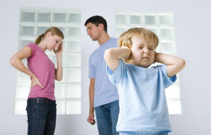 родители ссорятся при ребенке