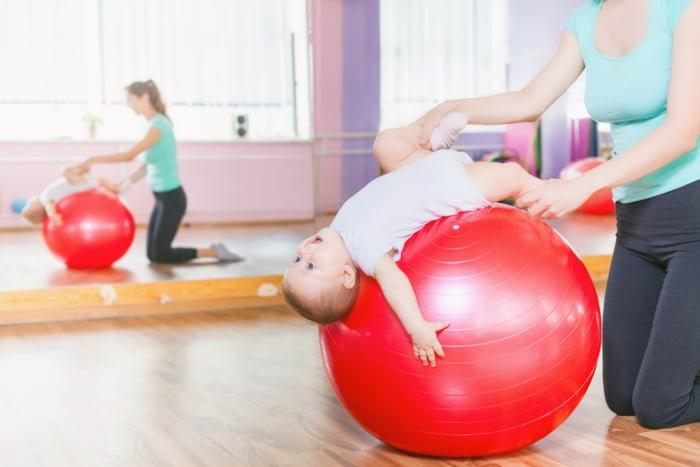 упражнения для развития мышц грудничка